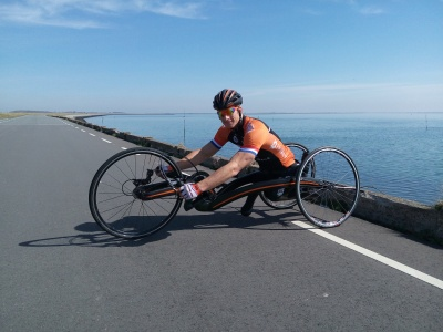 New M5 Carbon Handbike for Jetze Plat